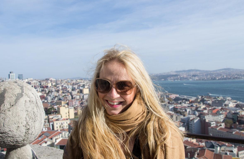 Portrait auf Galataturm in Istanbul, Türkei