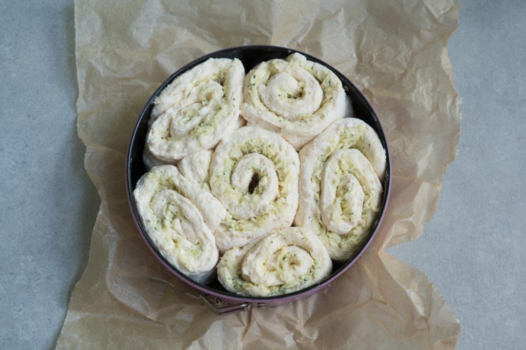 So sehen die Teigschnecken aus, wenn sie in den Ofen kommen!