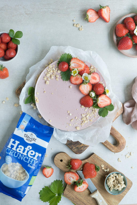 No Bake Erdbeerkuchen - glutenfrei & vegan