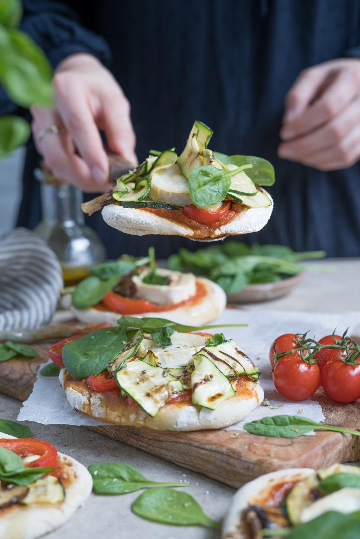 glutenfreie Mini-Pizza mit Grillgemüse