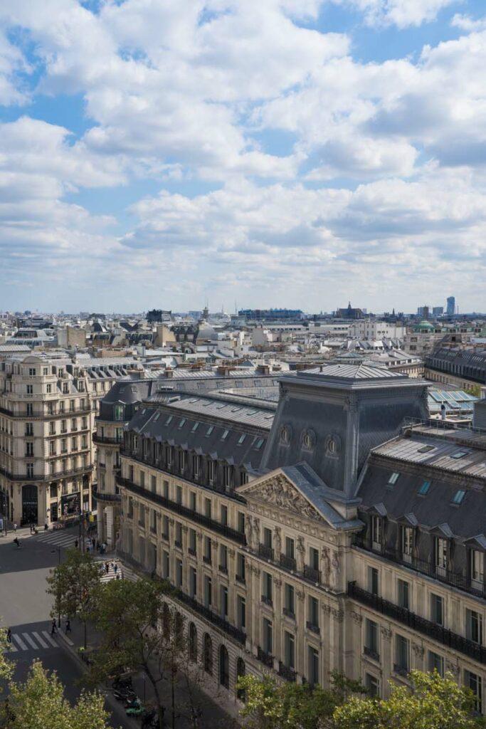 Aussicht auf Paris La Fayette, Frankreich