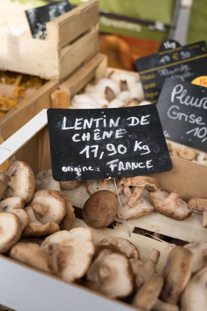 frische Pilze, Wochenmarkt, Paris