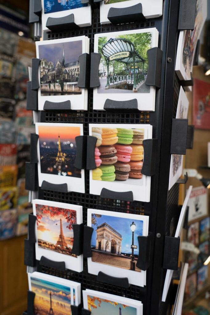 Souvenirgeschäft in Montmartre, Paris