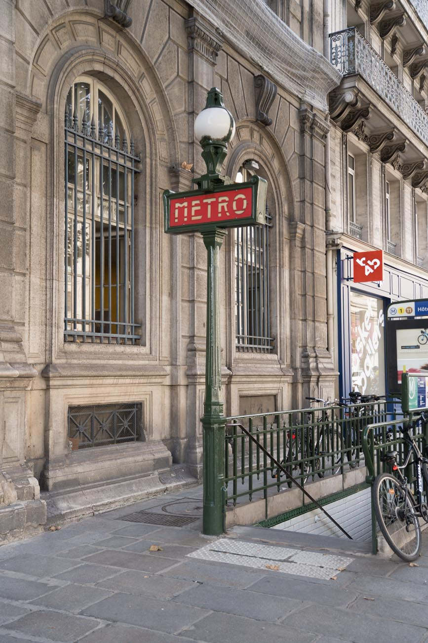Metro Station, Paris